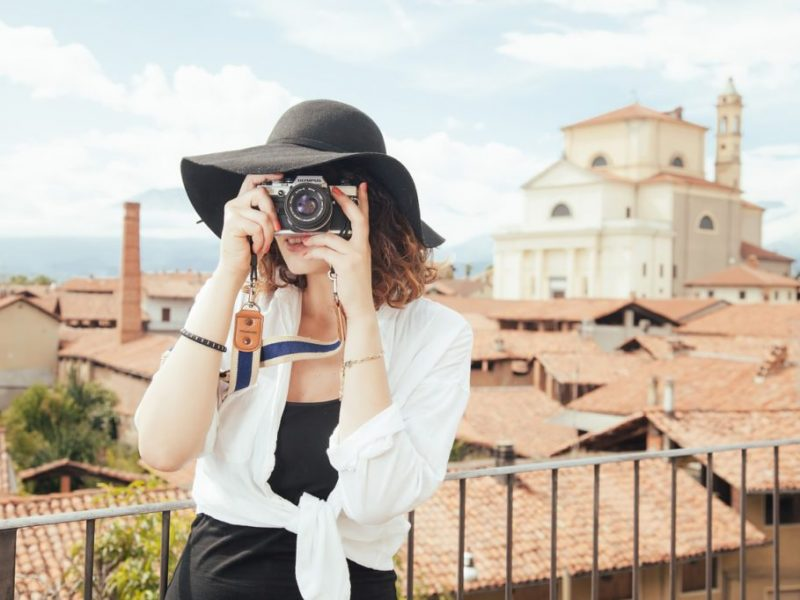 7 Reasons Why Expat Moms Make Perfect Spies