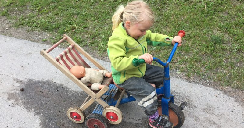 Dramatic Play is Therapeutic For Your Child